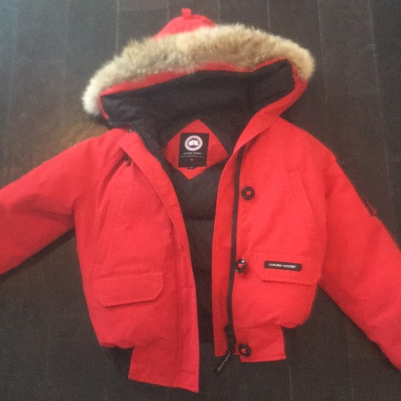 31d169991c1 Canada Goose Jackets & Blazers - Canada Goose Chilliwack Bomber - Red  Women's Small